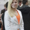CeBIT Messehostess in Businesskleidung