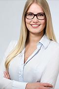 Ansprechpartnerin Alina Brünjes